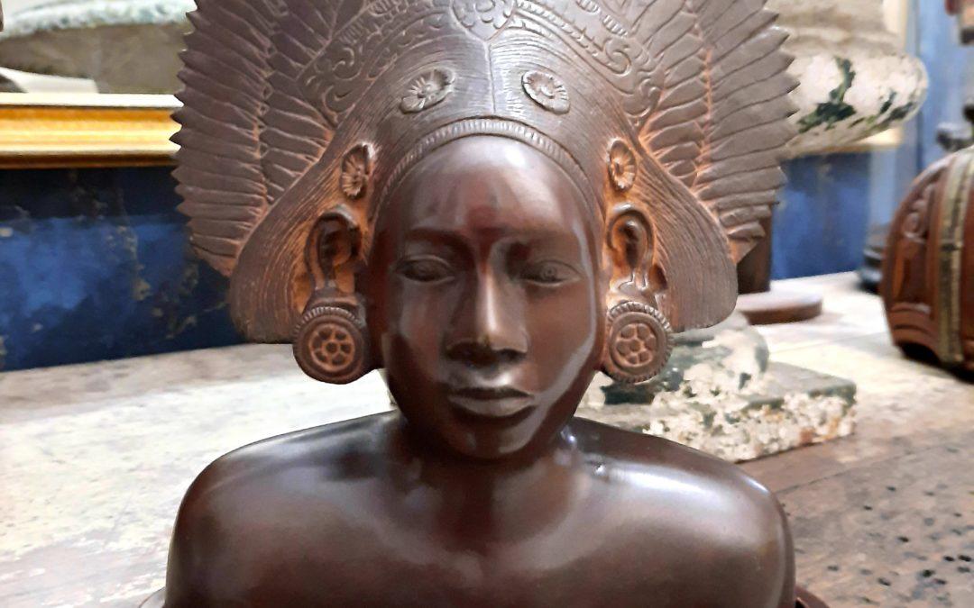 Buste Femme Balinaise en Bronze