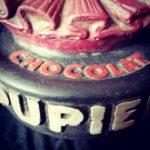 Plâtre publicitaire chocolat pupier